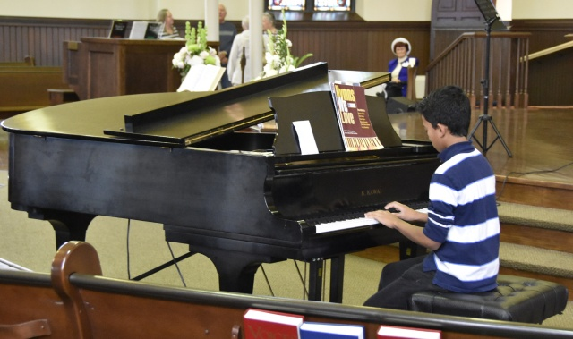 open-house-piano-playing